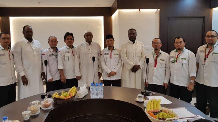Misi Haji Somalia berkunjung ke Kantor Urusan Haji Indonesia di Makkah, Selasa (2/9/2019).