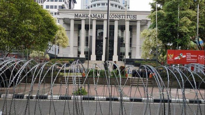 Lewati Tenggat Waktu, Permohonan Sengketa Hasil Pilkada Tapanuli Selatan Tak Diterima MK
