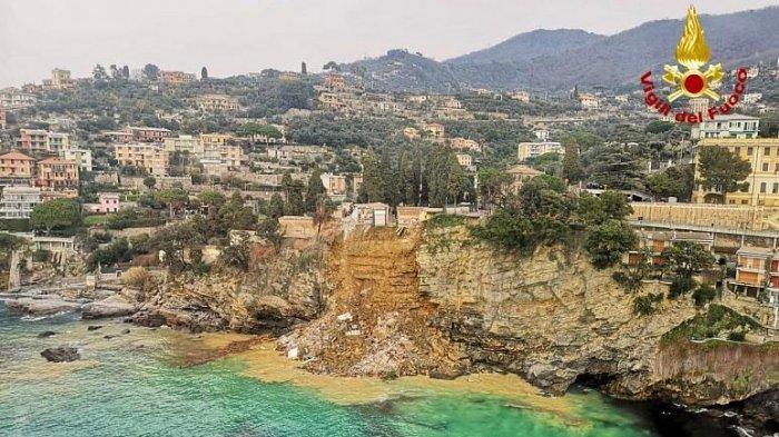 Sekitar 200 peti mati jatuh ke laut Linguria setelah sebuah pemakaman di Italia runtuh akibat tanah longsor.