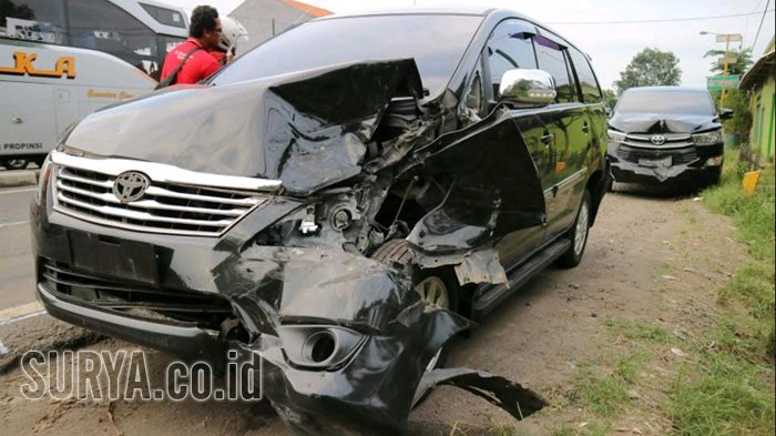Mobil Rombongan Menteri Tenaga Kerja dan Transmigrasi Tabrakan Karambol di Sidoarjo, Ini Kondisinya