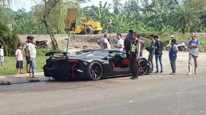 Mobil Lamborghini Raffi Ahmad