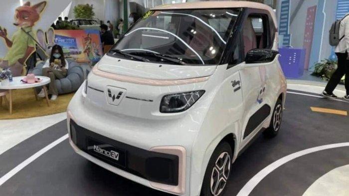 Mobil listrik mini Wuling Nano EV.