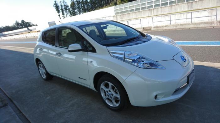 Nissan Leaf Tercatat sebagai Mobil Listrik Terlaris di Dunia