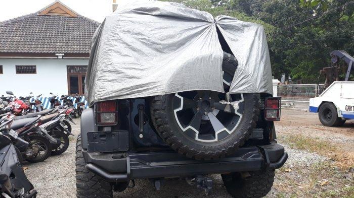 ILUSTRASI - Mobil Rubicon yang dikemudikan DC saat terparkir di Unit Laka Lantas Polresta Depok, Sukmajaya, Depok, Jumat (20/7/2018)
