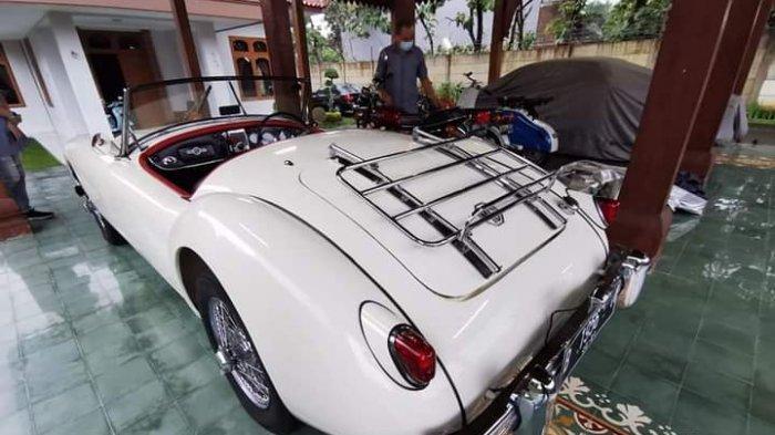 Mobil sport klasik MG MGA Series1