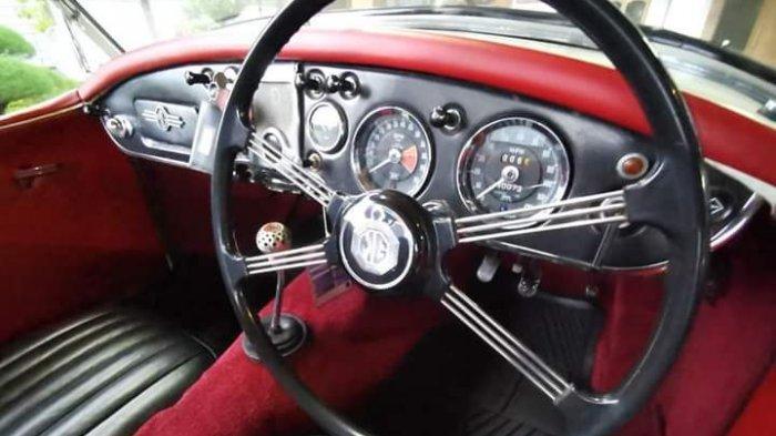 Mobil sport klasik MG MGA Series2