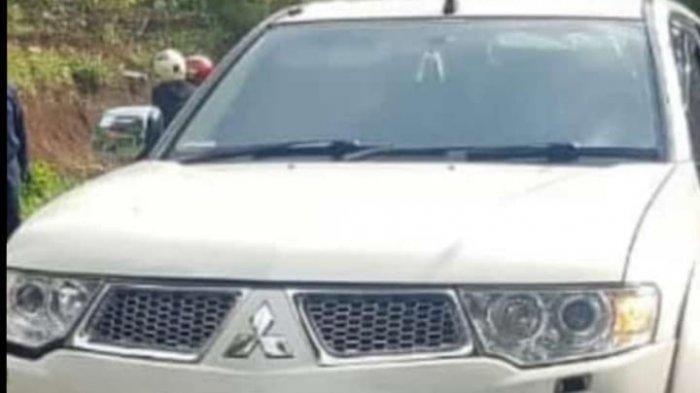 Mobil yang digunakan pelaku tabrak lari.