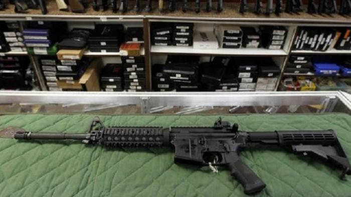 Dalam Sepekan Senapan Serbu AR-15 di AS Laku 30.000 Pucuk