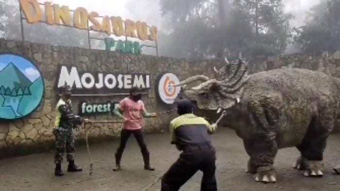 Buntut Viralnya Video 'Dinosaurus' Mengamuk, Warga yang Penasaran Datangi Mojosemi Forest Park