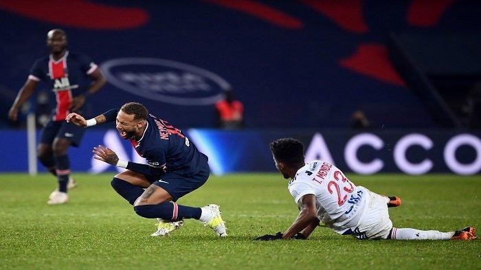 Kekalahan PSG Diwarnai Cederanya Neymar, Ambisi Raih Gelar Liga Champions Terancam