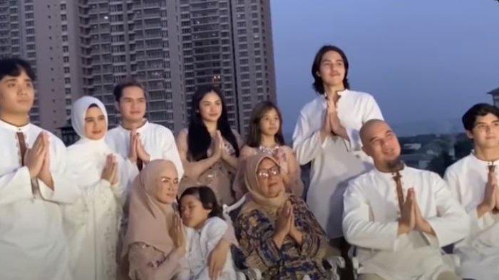 Bagikan Momen Lebaran dengan Keluarga Ahmad Dhani, Al Ghazali: Seneng Banget Bisa Kumpul Keluarga
