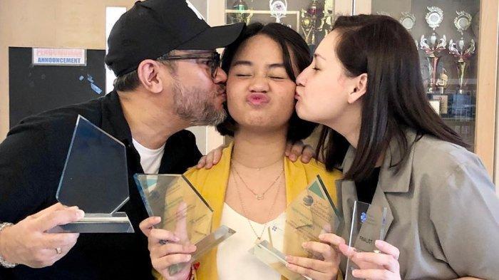 Mima Shafa Berulangtahun ke-17, Mona Ratuliu dan Indra Brasco: Kami Bersyukur Punya Kamu, Nak