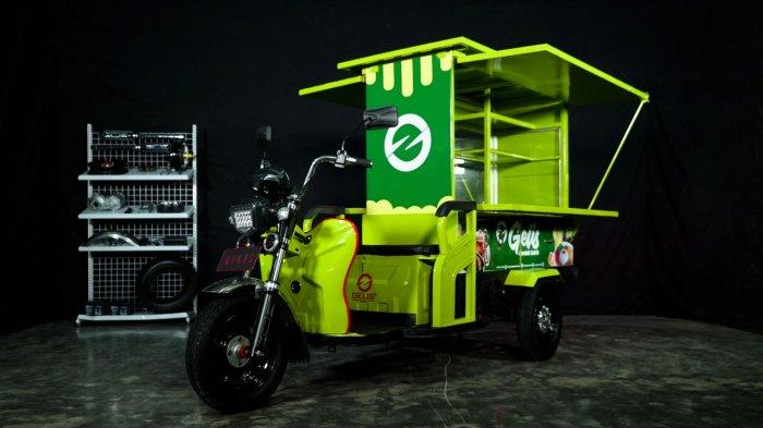Motor listrik Gelis diproduksi oleh PT Solar Panel Indonesia (SPI).