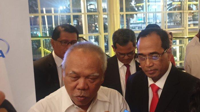 Menteri PUPR Basuki Hadimuljono dan Menhub Budi Karya Sumadi di acara penandatanganan MoU studi kereta semi cepat Jakarta-Surabaya di Hotel Pullman, Jakarta, Selasa (24/9/2019).