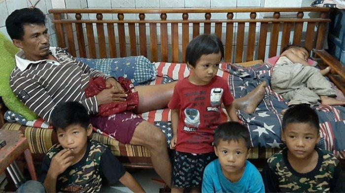 Nawir dan 5 Anaknya Ditinggal Istri Pasca Gempa Palu, Kini Kakinya Patah Jadi Korban Tabrak Lari