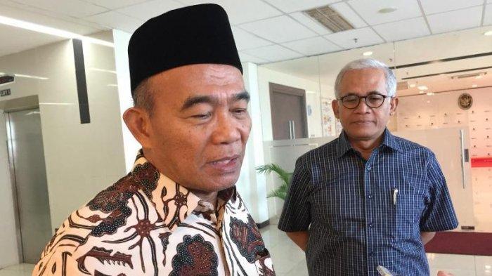 Menko PMK Sebut Status Bencana Nasional untuk Banjir Jakarta Tergantung Pemerintah DKI