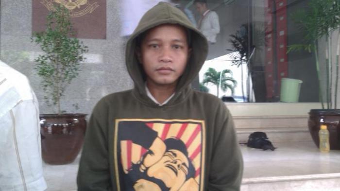Pelaku Penghinaan Presiden Jokowi: Warung jadi Ramai