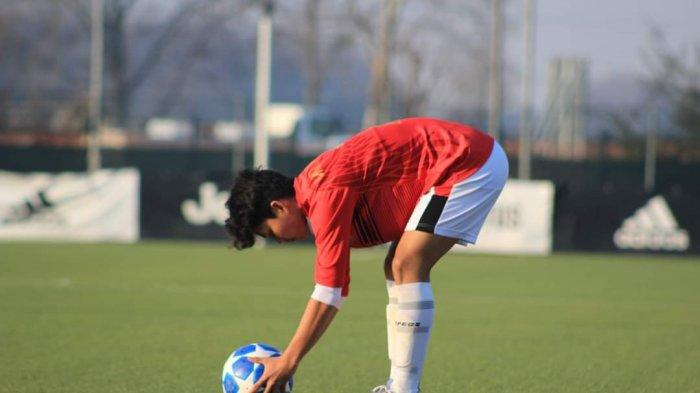 VIDEO Gol Spektakuler Pemain Garuda Select dari Sepak Pojok, Bola Menukik ke Sudut Gawang