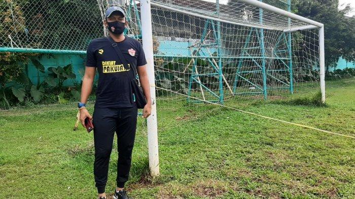Pelatih Kiper Persita Tangerang Harapkan Suporter Sepakbola Taat Prokes Saat Gelaran Piala Menpora