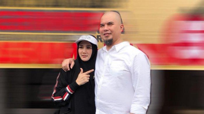 Mulan Jameela dan Ahmad Dhani.