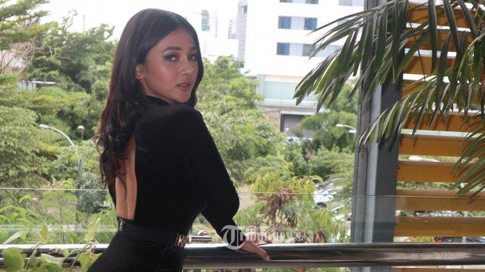 Penyanyi cantik pendatang baru Mutia Ayu, luncurkan singel pop dangdut berjudul Dada Atau Paha, ciptaan Diantoine/Pradea dibawah lebel Musik Yes, Senin (11/2/2019) berlangsung di Swiss BelHotel, Jakarta.TRIBUNNEWS.COM/FX ISMANTO