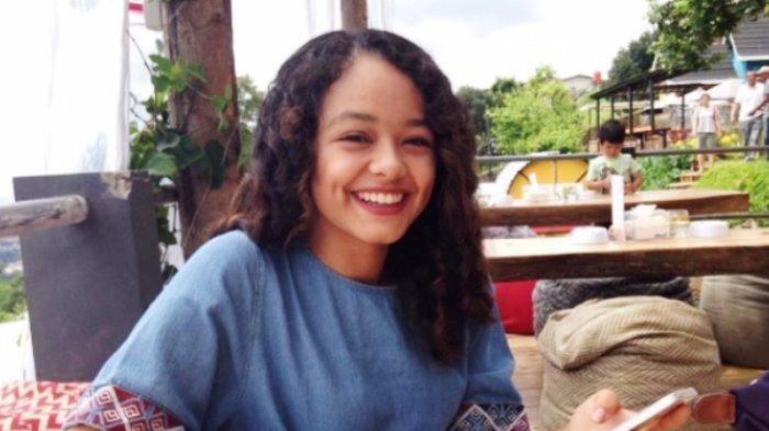 Ayahnya Dilantik Hari Ini, Tengok Potret Anak Pertama Anies, Mutiara Baswedan