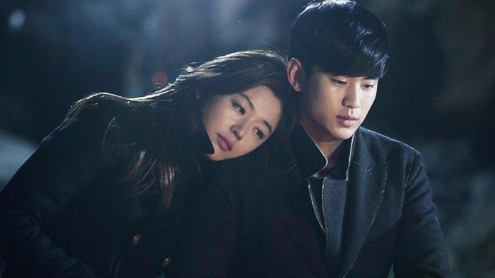 Jun Ji Hyun dan Kim Soo Hyun, pemeran utama dalam K-Drama My Love From the Star yang diproduksi pada 2013 lalu.