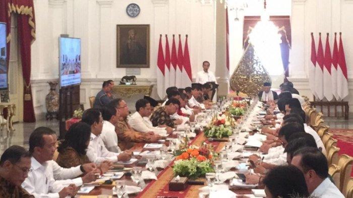 Presiden Jokowi pimpin Rapat Paripurna Perdana Kabinet Indonesia Maju, Kamis (24/10/2019), di Istana Merdeka.