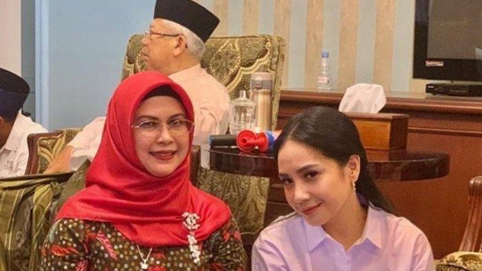 Tangkapan gambar dari instagram @raffinagita1717 yang menunjukkan foto Nagita Slavina bersama putri Ma'ruf Amin, Siti Nur Azizah.