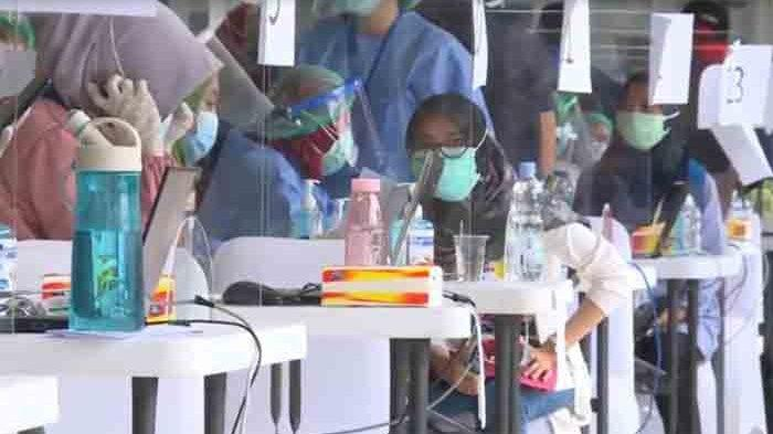 Vaksinasi Massal di Istora Senayan, DKI Jakarta Targetkan 6 Ribu Nakes Divaksin Covid-19