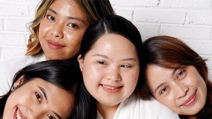 Inspiratif, Penyandang Down Syndrome Jadi Model Kecantikan