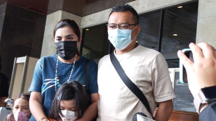 Ashanty dsan Anang ketika ditemui di kawasan Sudirman, Jakarta Pusat, Minggu (13/6/2021).