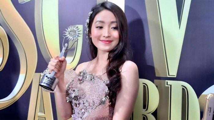 Natasha Wilona yang ditemui disela-sela acara SCTV AWARDS 2019 di Studio Emtek, Daan Mogot, Jakarta Barat, Sabtu (30/11/2019) dini hari.
