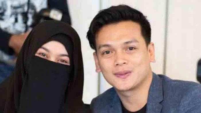 Natta Reza dan istri, Wardah Maulina
