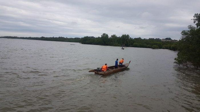 Warga Temukan Perahu Tak Bertuan di Pinggir Laut, Pak Cik Diduga Tenggelam