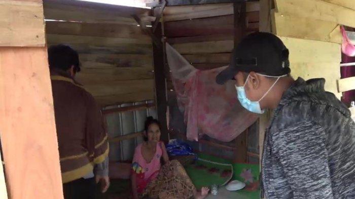 Nenek Dibuang 3 Anaknya Gara-gara Sakit Lumpuh Tak Kunjung Sembuh, Hidup dari Belas Kasihan Warga