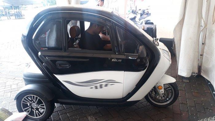 Berani Coba Test Drive Sepeda Listrik Roda Tiga Buruan Datang Ke Iims 2018 Tribunnews Com Mobile