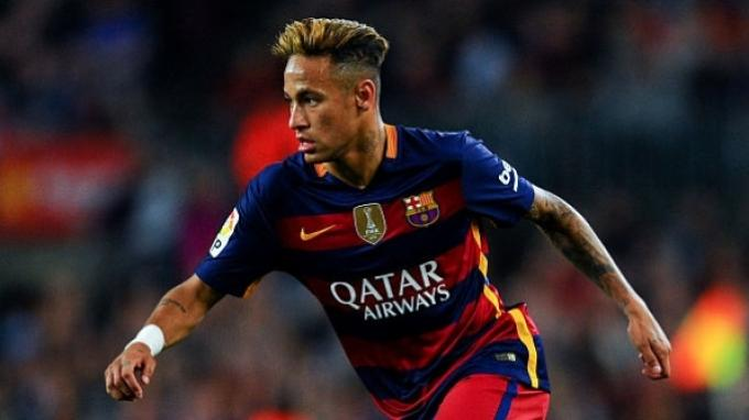 Barcelona Tambah Kontrak Neymar Sampai 2021