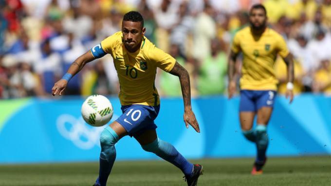 Sabet Medali Emas, Neymar Tambah Tato Olimpiade di Tangan