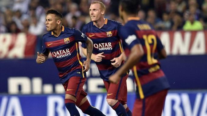 Bek Tengah Barcelona Bantah Akan Perkuat AS Monaco