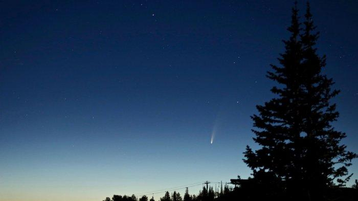Komet Neowise Bisa Terlihat Saat Senja, Melintasi Bumi dan Akan Menghilang Selama 6.800 Tahun