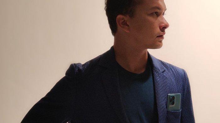 Nicholas Saputra Jadi Brand Ambassador Oppo Find X3 Pro 5G