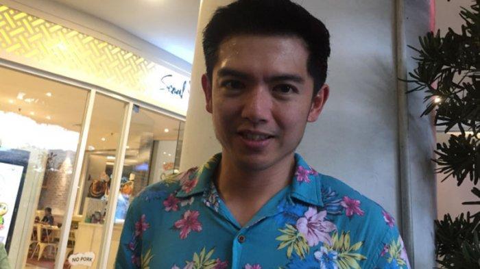 Tips dari Nicky Tirta Agar Bumbu Kacang Sate Lebih Kental dan Halus