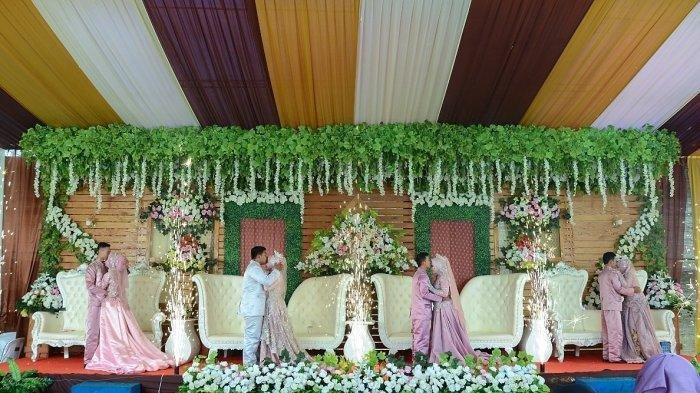 Fakta Baru di Pernikahan Viral Ibu dan Tiga Anaknya, Mitos Ini Buat si Bungsu Ikut Menikah Bareng