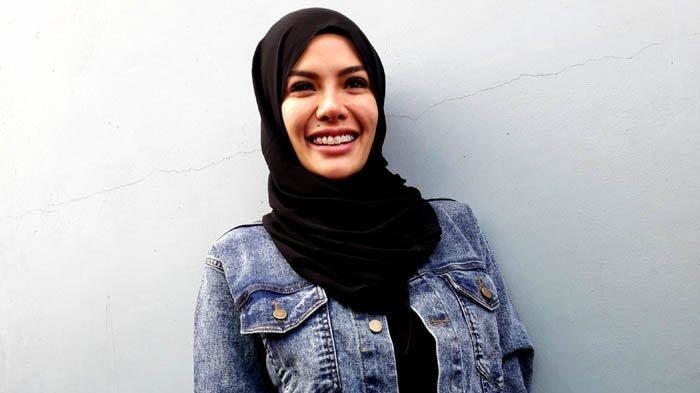 Nikita Mirzani ketika ditemui di Gedung Trans TV, Jalan Kapten Tendean, Mampang Prapatan, Jakarta Selatan, Kamis (12/7/2018).