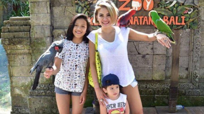 Nikita Mirzani Akan Ajak Anaknya ke Lokasi Kerja Jika Memungkinkan