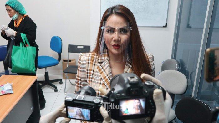 Istri Pertama Nurdin Rudythia Lapor Polisi, Benarkah karena Itu Nita Thalia Nonaktifkan Instagram?