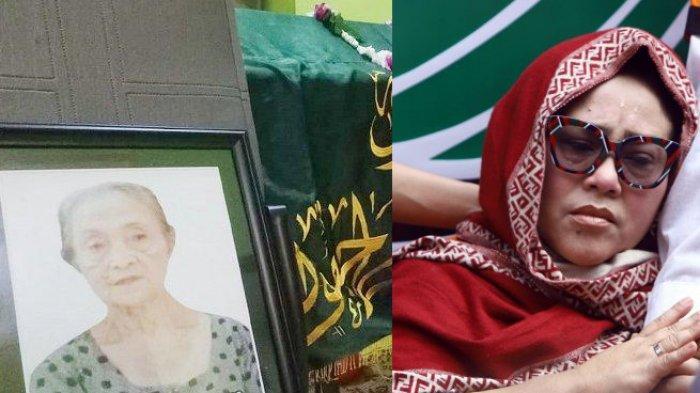 Nunung dan foto ibunya yang dipajang di samping jenazah almarhum.