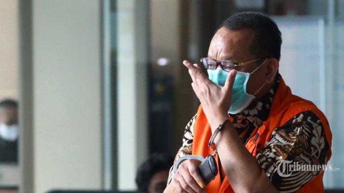 Bantah Dibelikan Jam Mewah, Eks Sekretaris MA Nurhadi Ucap Sumpah: Tujuh Turunan Saya Nggak Selamat