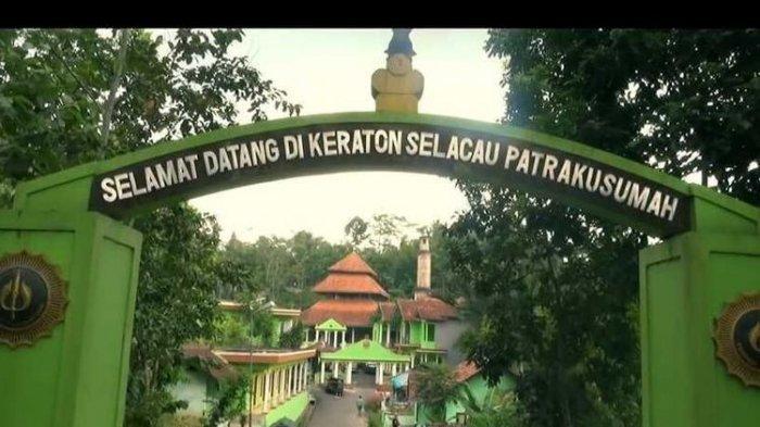 Foto-foto keberadaan Kesultanan Selaco alias Selacau Tunggul Rahayu di Parung Ponten Kabupaten Tasikmalaya.